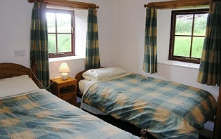The Byre - Twin bedroom